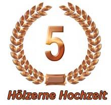 H lzerne hochzeit spr che 5 hochzeitstag gl ckw nsche for Zum hochzeitstag bilder